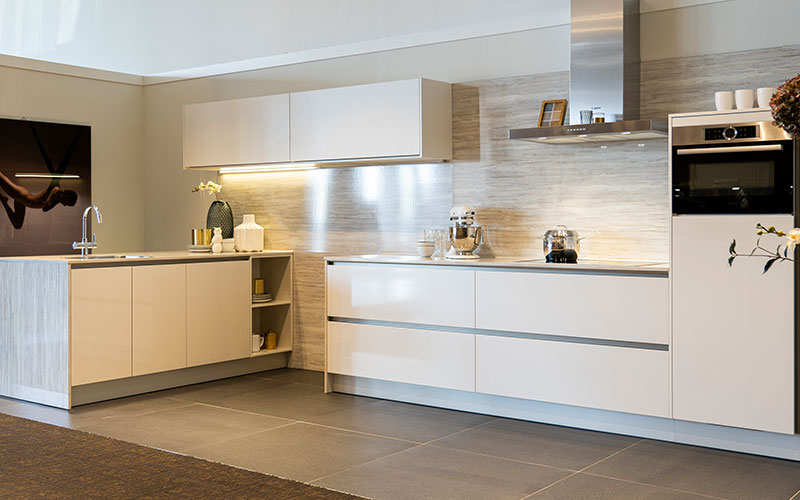 Moderne magnolia keuken