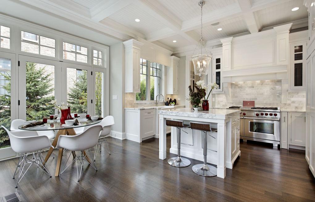 Zwarte en witte keukens