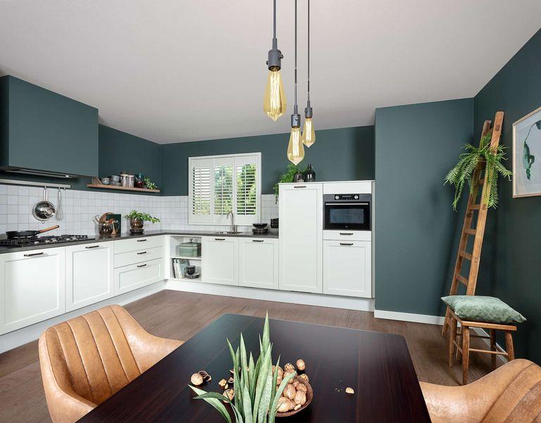 Matwitte moderne keuken