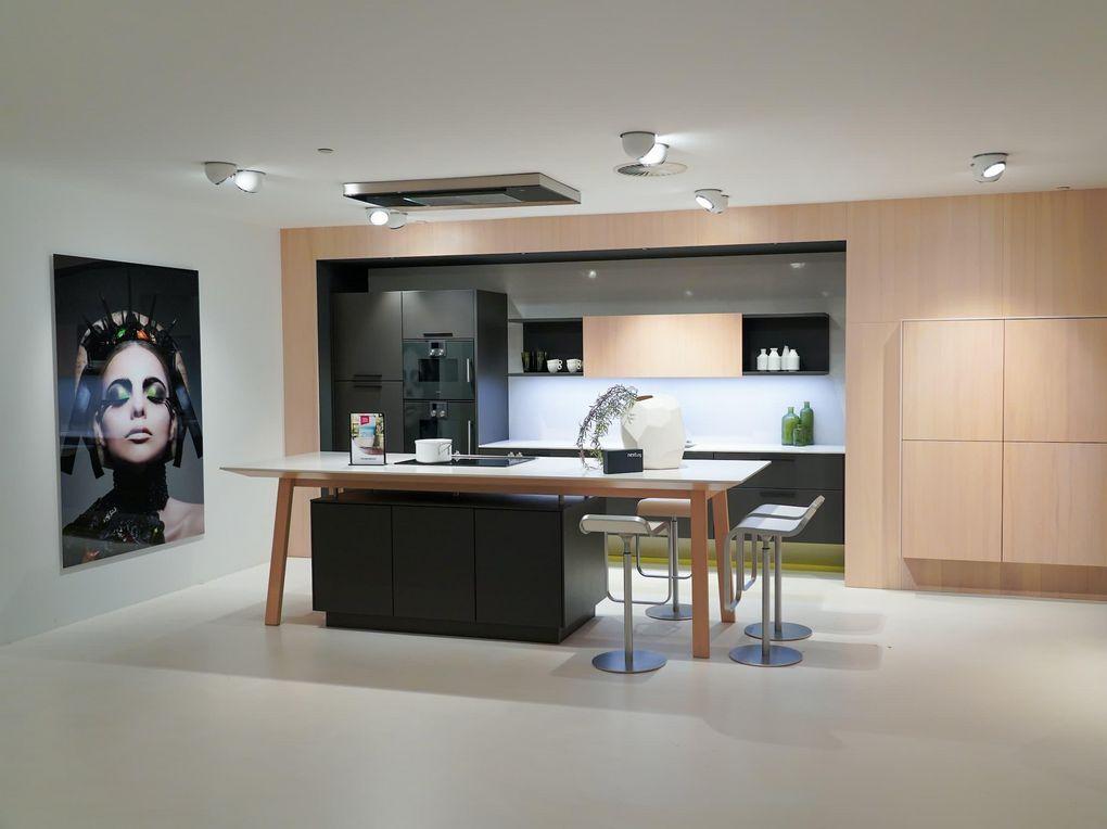 Rechte keuken met kookeiland
