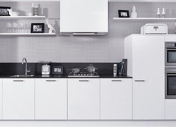 Frisse witte keuken