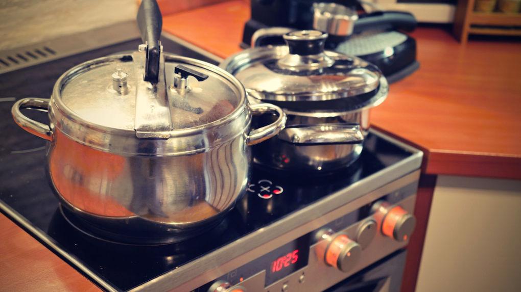 Vrijstaand fornuis koken