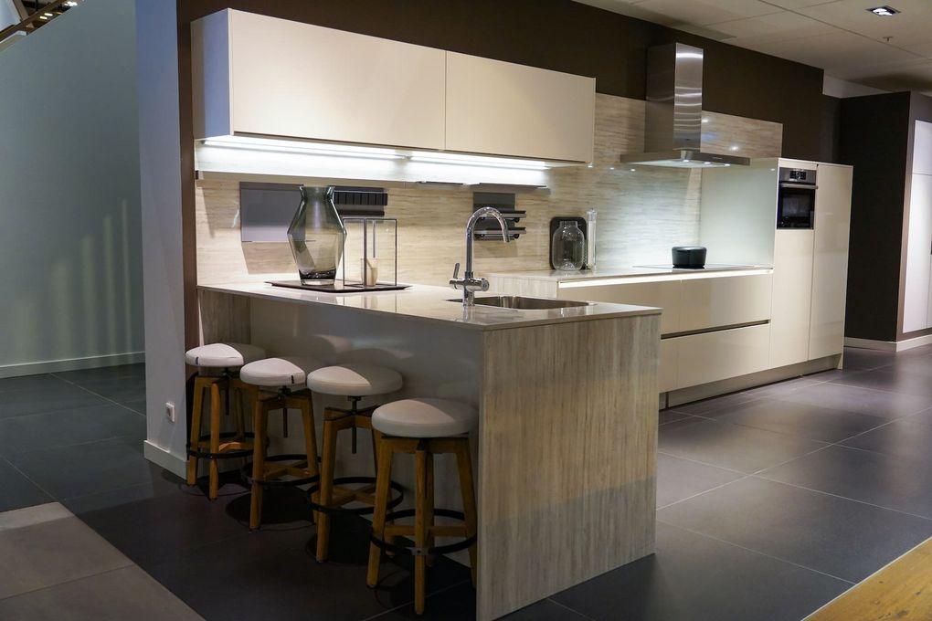 Open keuken met bar